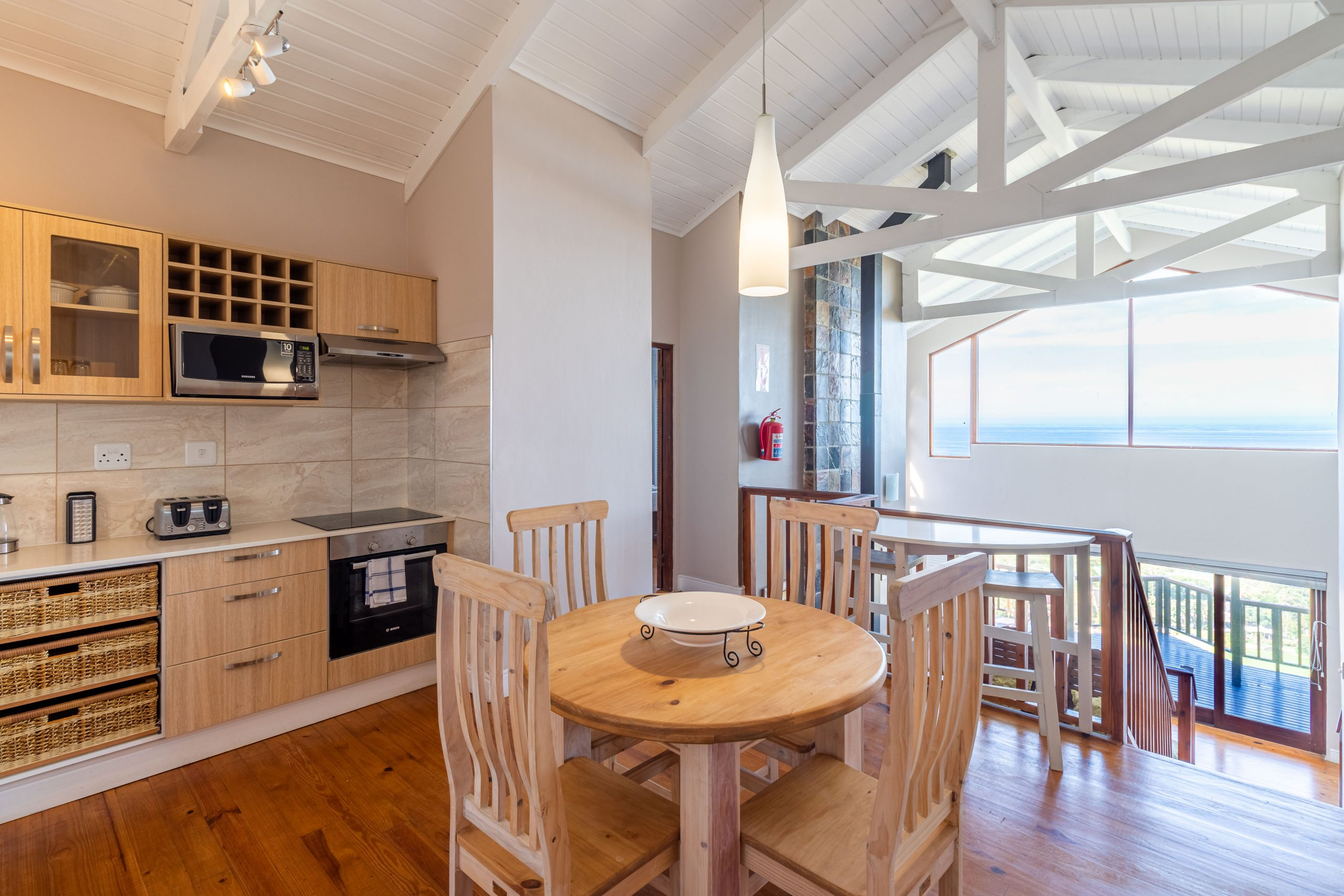 Boardwalk Lodge Duplex B&B or SC Chalets